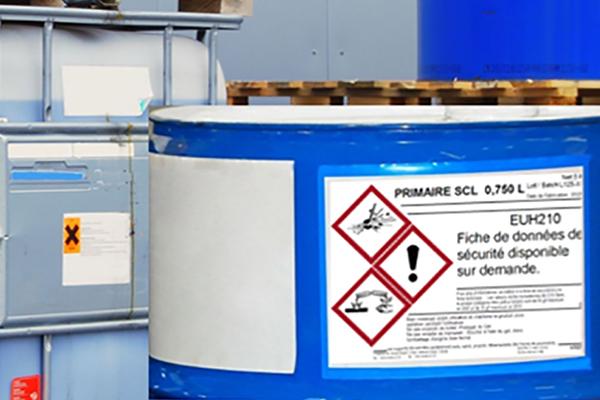 étiqueteuse automatique CLP pour fûts