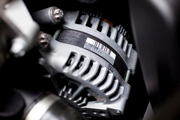 étiquette automobile moteur